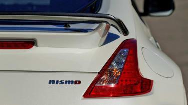 2013 Nissan 370Z Nismo black rear spoiler