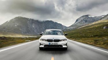 BMW 3-series G20 revealed - Sport nose