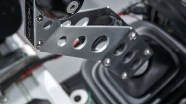 Land Rover Defender Challenge gear stick lever