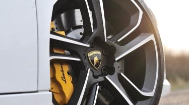 2013 Lamborghini Gallardo LP560-4 alloy wheel
