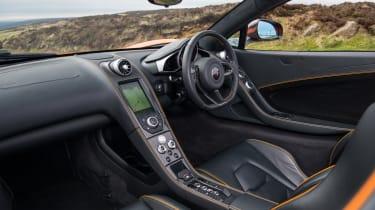 McLaren 650S Spider – cabin