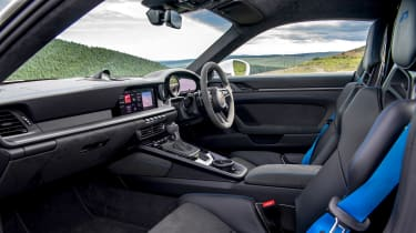 992 GT3 group test – 911 interior