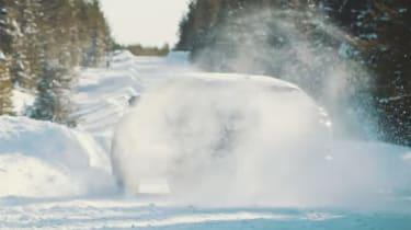 Lamborghini Urus snow video – rear slide