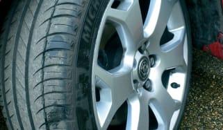 Vauxhall Astra VXR tyre
