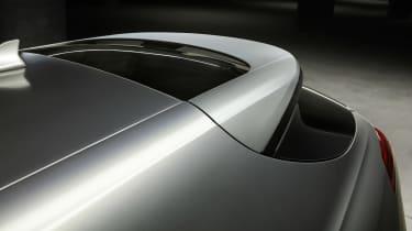 Genesis G70 Shooting Brake - rear wing