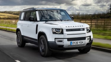 Land Rover Defender 110 P400 – tracking