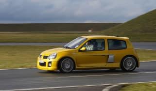 Renaultsport Clio V6 255 spin