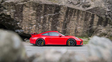 Porsche 911 GT3 991.2 – side