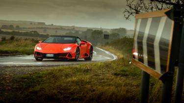 Lamborghini Huracán Evo Spyder – front