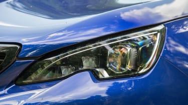 Peugeot 308 GTi by Peugeot Sport - lights
