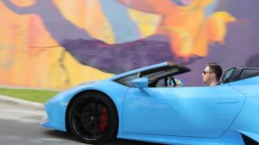 Lamborghini Huracan Spyder - driving