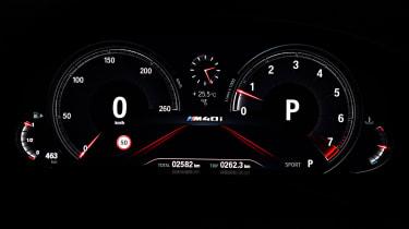 BMW X3 M40i - Dials