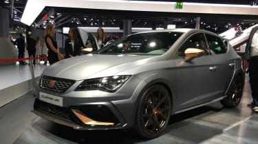 SEAT Leon Cupra R revealed at Frankfurt Motor Show