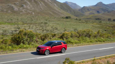 Land Rover Discovery Sport - side