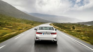 BMW 3-series G20 revealed - Sport rear