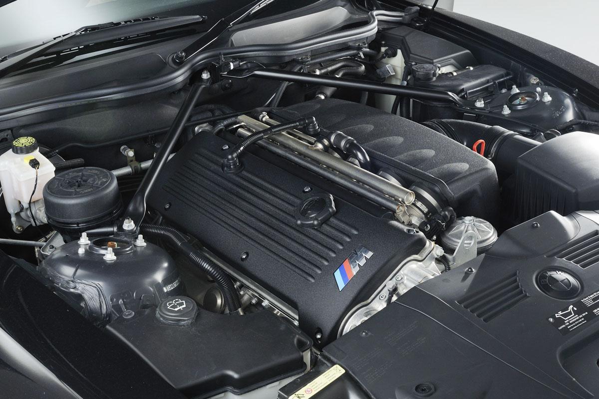 BMW Z4 M Coupe - BMW Z4 M Coupe Checkpoints | Evo