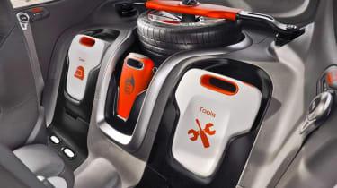 Kia Track'ster hot hatch concept interior