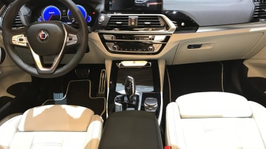 Alpina XD3 – interior