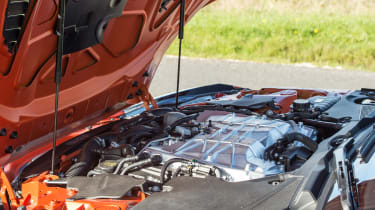 Jaguar F-Type SVR Convertible - engine