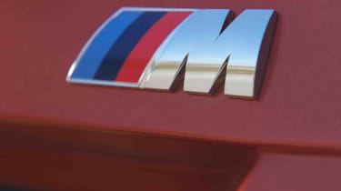 BMW 1M review M badge