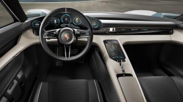 Porsche Mission E – inetrior