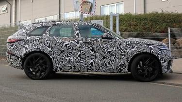 Range Rover Velar SVR proto - side