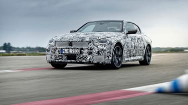 BMW M240i prototype – low tracking