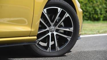 VW Golf - wheel