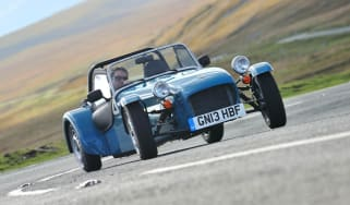 Caterham Seven 160 drift sideways