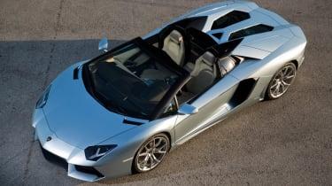 Lamborghini Aventador LP700-4 Roadster front roof open