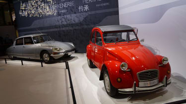 Citroen DS and 2CV: Paris motor show 2014