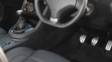 2013 Peugeot RCZ THP 200 GT interior dashboard
