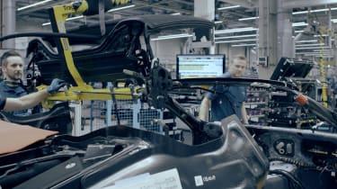 BMW i8 Spyder - roof mechanism
