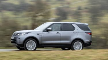 Land Rover Discovery 5 2021 - pan