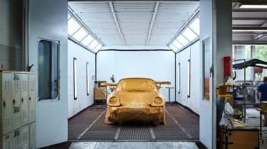 Porsche Classic Project Gold - Paint