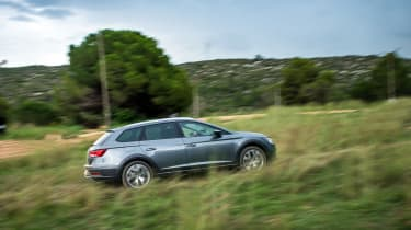 SEAT Leon X-perience side off-road