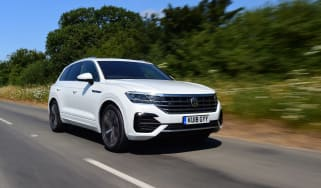 Volkswagen Touareg UK drive - front quarter