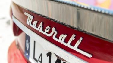 Maserati GranTurismo - Maserati badge