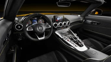 Mercedes-AMG GT S Roadster – interior