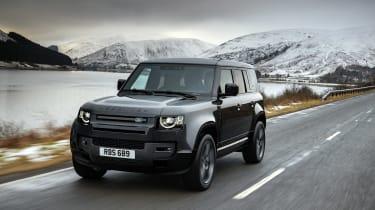Land Rover Defender V8 MY22 - 110 tracking