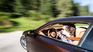 Lexus LC500h - dynamic