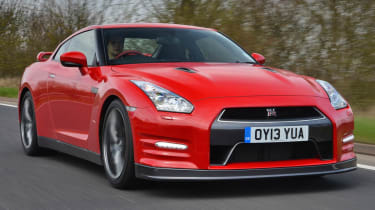 2013 Nissan GT-R red front