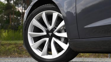 Tesla Model 3 Performance wheel