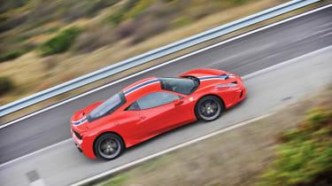 Ferrari 458 Speciale - pan