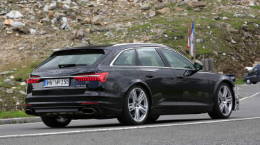 Audi RS6 Avant spy - rear quarter