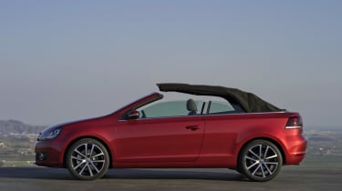 New Volkswagen Golf Cabriolet review and pictures