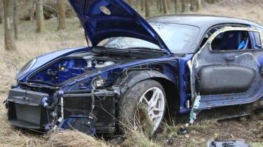 crashed 9ff GT9R close up