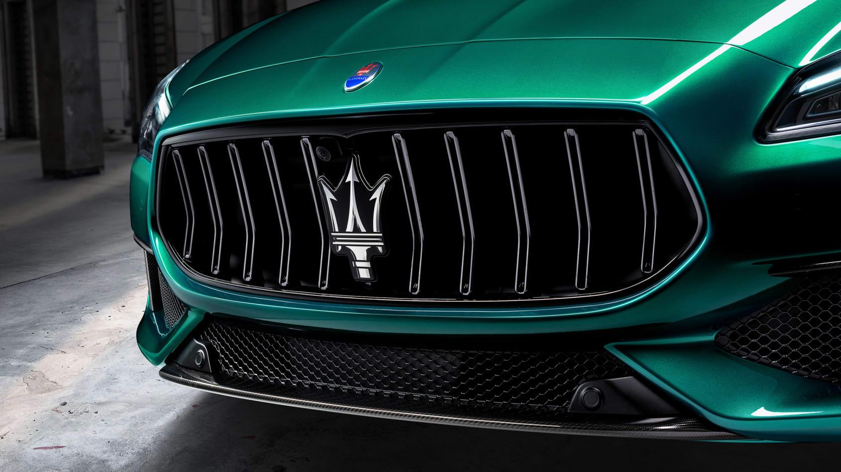 [Image: Maserati%20Quattroporte%20Trofeo-4.jpg]