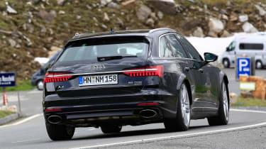 Audi RS6 Avant spy - rear
