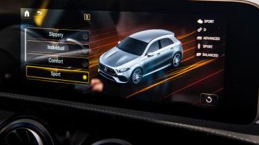 Mercedes-AMG A45 S - screen